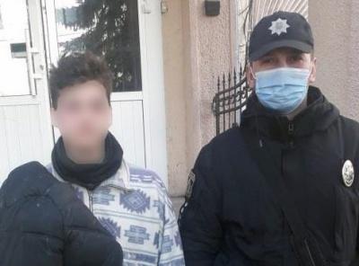 На Буковині знайшли зниклого юнака, його шукали понад 100 поліцейських