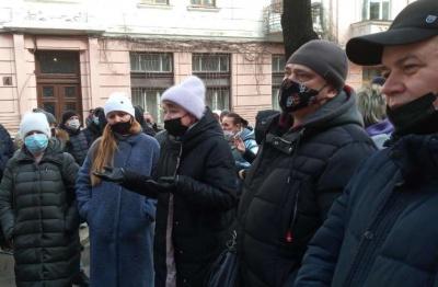 Підприємці Калинівського ринку збираються відновлювати торгівлю попри «червону» зону