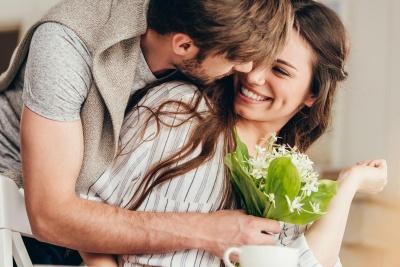 Що подарувати дружині на 8 березня: ідеї милих та оригінальних сюрпризів другій половинці