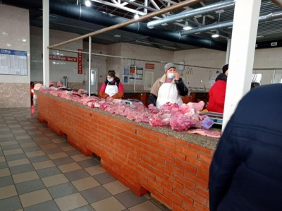 На Калинівському ринку провели «карантинний» рейд: що виявили
