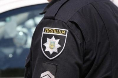 Вимагали у водійки 300 доларів: на Буковині двоє поліцейських сядуть до в'язниці за хабар