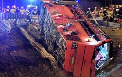 Назвали попередню причину смертельної ДТП з українським автобусом у Польщі