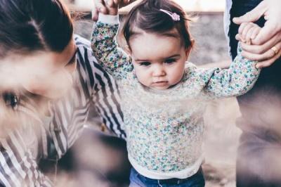 Ось які 3 пари знаків Зодіаку стають найкращими батьками