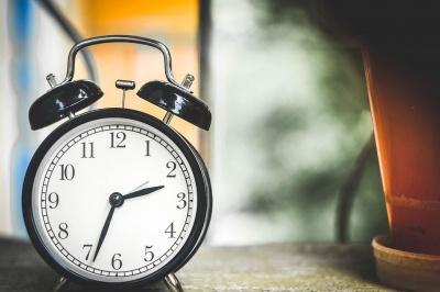 Скасування переведення годинників: у областях можуть з'явитися різні робочі графіки