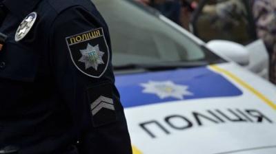 Врізався у будинок на краденій автівці: на Буковині розшукали зловмисника