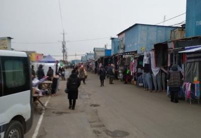 У Чернівцях попри «червону» зону відновив свою роботу Калинівський ринок