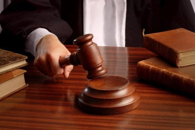 На Буковині засудили лікаря-акушера, через якого загинуло немовля