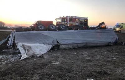 Смертельна ДТП: у Словаччині внаслідок аварії загинув молодий водій фури з України