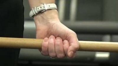 Бив дерев'яною палицею: на Буковині за вбивство засудили чоловіка