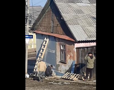 У Чернівцях відновили будинок, у якого впала стіна