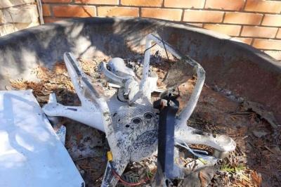 Скинули гранату з дрона: поліція розслідує вибух у будинку - фото