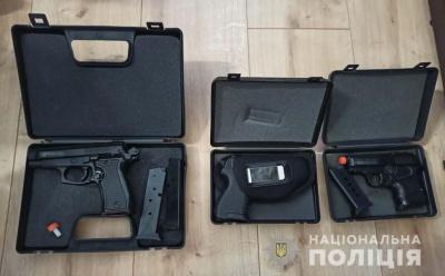 На Буковині юнак торгував власноруч виготовленою зброєю: його викрили силовики із Дніпра