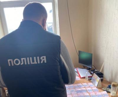 На хабарі затримали начальника райуправління Держпродспоживслужби на Буковині