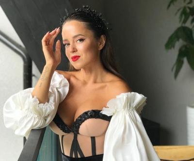 «Одягаю сміливих і впевнених»: вбрання чернівецької модельєрки продають паризькі бутики