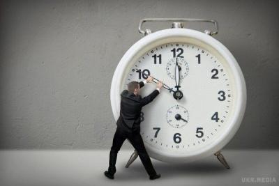 Рада на тижні може ухвалити законопроєкт про скасування переведення годинника — нардеп