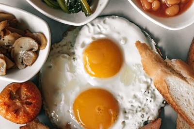 Швидко і смачно: топ-5 варіантів сніданків без готування