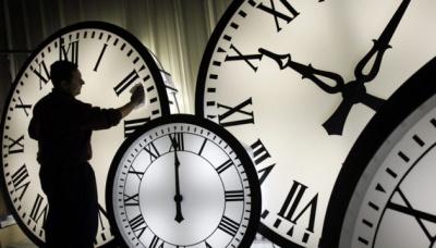 Перехід на літній час: коли і куди перевести годинник, і коли це буде востаннє