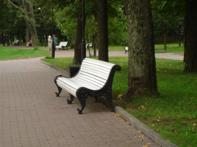 Анекдот дня: про лавочку у парку