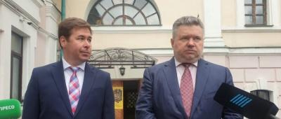 Колишні в'язні Кремля закликали Зеленського не використовувати боротьбу з Медведчуком для атак на Порошенка