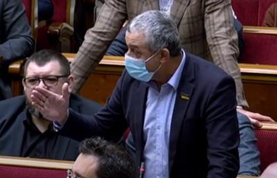 Шуфрич закликав «слугу народу» з Буковини «мати яйця», а той відмовився «їх показувати» – відео
