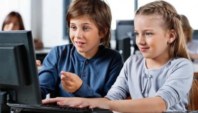 У «будинку з левами» стверджують, що у школах Буковини найшвидший Інтернет