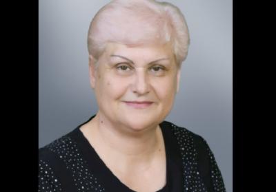 Невимовний біль: у Чернівцях померла відома вчителька