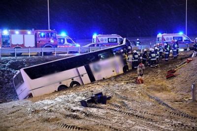 У Польщі в ДТП потрапив автобус з українцями: одна людина загинула