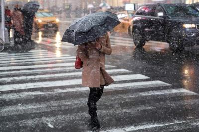 Сніг та дощ: синоптики попередили буковинців про погіршення погоди