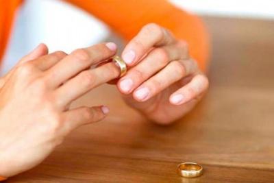 Анекдот дня: про розлучення