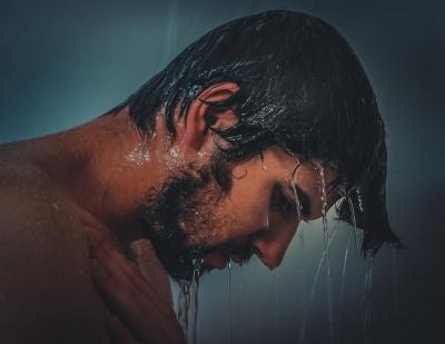 Німецькі дерматологи розповіли, скільки разів варто приймати душ