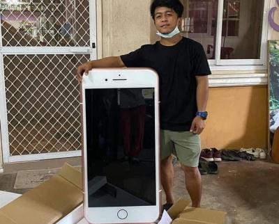 Таїландець просто хотів купити iPhone 7, а отримав несподівану посилку