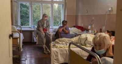 Вірус стійкий до антибіотиків, хворіє молодь: керівник інфекційної лікарні у Львові про ситуацію із COVID-19