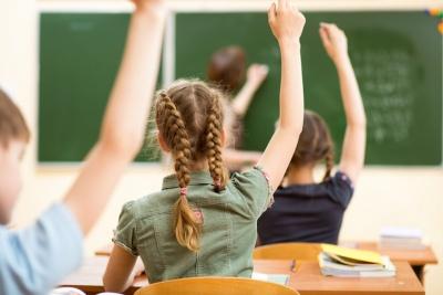 Школярку без щеплення відсторонили від навчання: суд визнав це законним