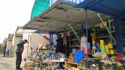 Закрылись не все: как работает Калиновский рынок после введения новых ограничений - фото