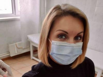 Відома лікарка розклала по поличках, чому слід вакцинуватися від COVID-19