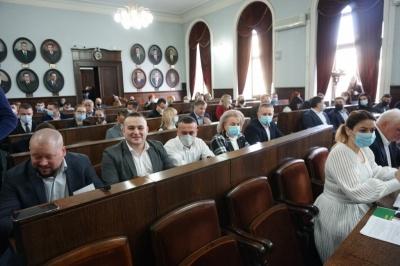 Стало відомо, в які комісії Чернівецької міськради увійдуть депутати партій Продана і Михайлішина