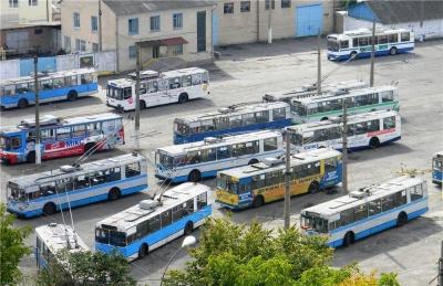 У Чернівцях на території тролейбусного управління хочуть облаштувати автомобільну стоянку