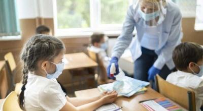 У школах однієї з громад Буковини відновили очне навчання