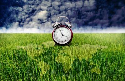 Перехід на літній час 2021 в Україні: коли та як правильно перевести годинники
