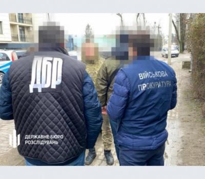 Хмельницький суд відсторонив від роботи буковинських прикордонників за сприяння контрабанді