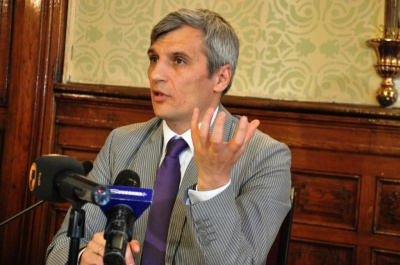 Шевченко й Кошулинський лідирують на виборах на Прикарпатті – екзит-пол