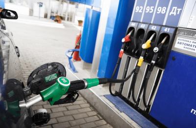 Надто дороге пальне: яким АЗС рекомендували знизити ціни