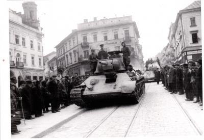 Сьогодні виповнюється 77 років від дня звільнення Чернівців від нацистів