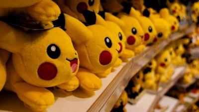 В Японії скелелаз вкрав з магазину колекційні картки з покемонами