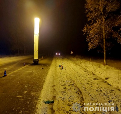 Поліцейські Буковини повідомили про підозру чернівчанину, який збив жінку та втік з місця ДТП