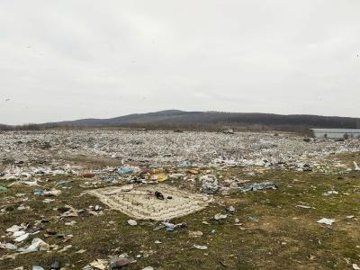 140 тисяч тон сміття на рік: на сміттєзвалищі Чернівців не вистачає місця для відходів