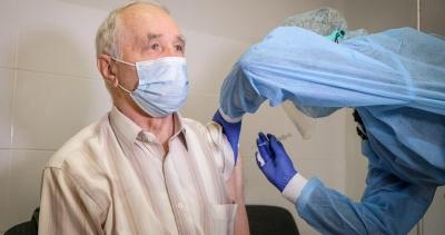 Стало відомо, скількох буковинців старше 80 років вакцинували від COVID-19