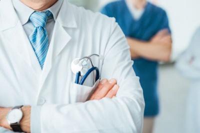 Анекдот дня: про лікаря та операцію