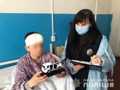 Заважав пиячити: на Чернігівщині мати вдарила 10-річного сина ножем