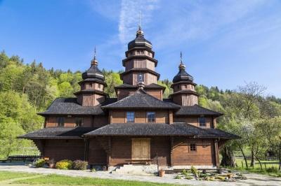 Церковні свята у квітні 2021: православний календар на місяць